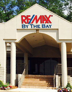 RE/MAX By the Bay Daphne Location